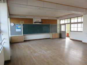 小学校の改修工事