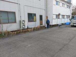 シイタケ工房のフェンス張り替え