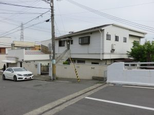 新築に伴う解体工事の現場の外部解体