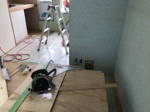 借家改修、造作工事どんどん進行中です!