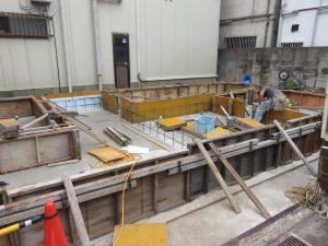 棟上げ間近の新築工事